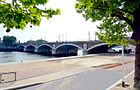 P1030204 Paris XII et XIII pont National rwk.JPG