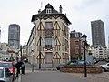 Paris-trois-batiments.jpg