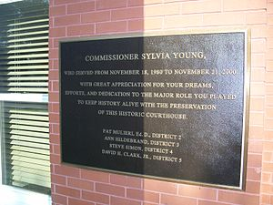 Pasco County Courthouse - Image: Pasco Cty Courthouse Dade City plaque 02