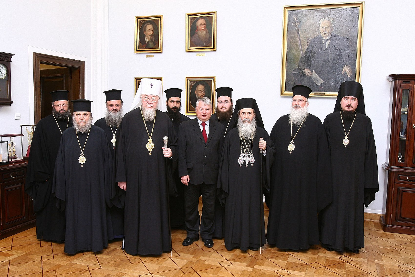 Patriarch Theophilos III of Jerusalem Senate of Poland 03.JPG
