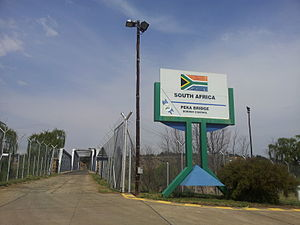 Donald Woods - Tele Bridge border post from the South African side