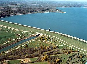 Perry Lake (Kansas) - Perry Dam