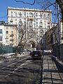 Peschanaya Street arch.jpg