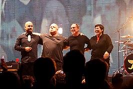 Pixies in 2009, v.l.n.r.: Joey Santiago, Black Francis, David Lovering en Kim Deal