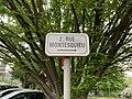 Plaque 2 rue Montesquieu Fontenay Bois 1.jpg