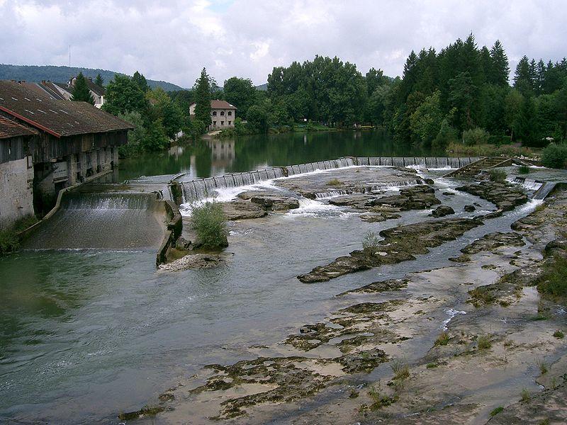 File:Pont-de-Poitte - les marmites de l'Ain.JPG