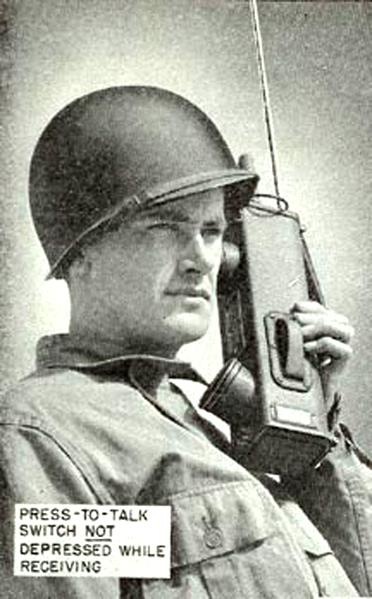 File:Portable radio SCR536.png