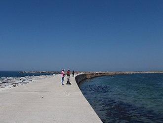 Port of Póvoa de Varzim - The breakwaters.