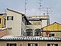 Prato-01,02,2012-Tetti innevati.jpg