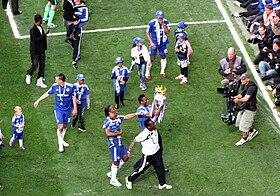 Jugadores del Chelsea celebrando la obtención de la Premier League en 2010. f117c1cddd334