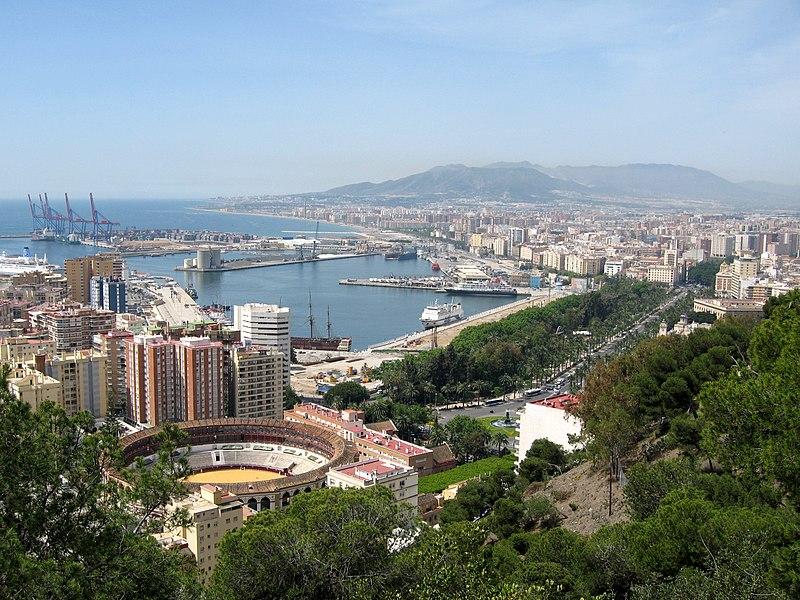 File:Puerto de Málaga 01.jpg