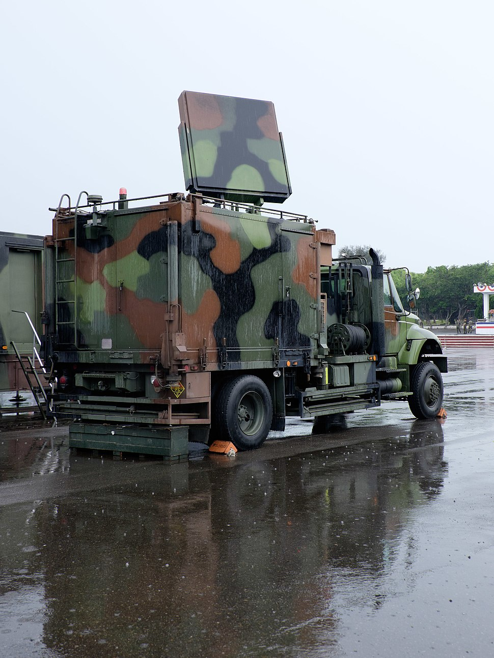 ROCA Point Defense Array Radar System Truck Display at Chengkungling Ground 20150606c
