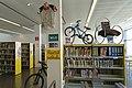 Racó ciclista (biblioteca Armand Cardona Torrandell).jpg