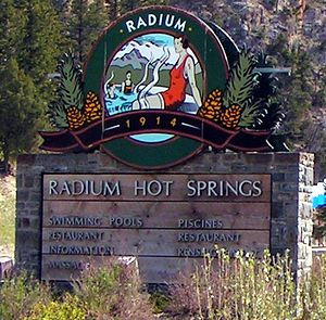 Radium Hot Springs - Image: Radium coa