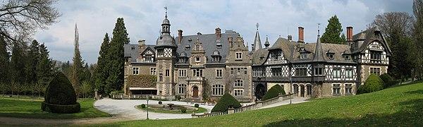 Rauischholzhausen Schloss01 2010-04-14.jpg