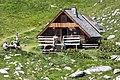 Refuge des lacs Merlet.jpg
