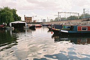St Pancras Basin - The basin, looking towards the south, with the moved Waterpoint building in the centre