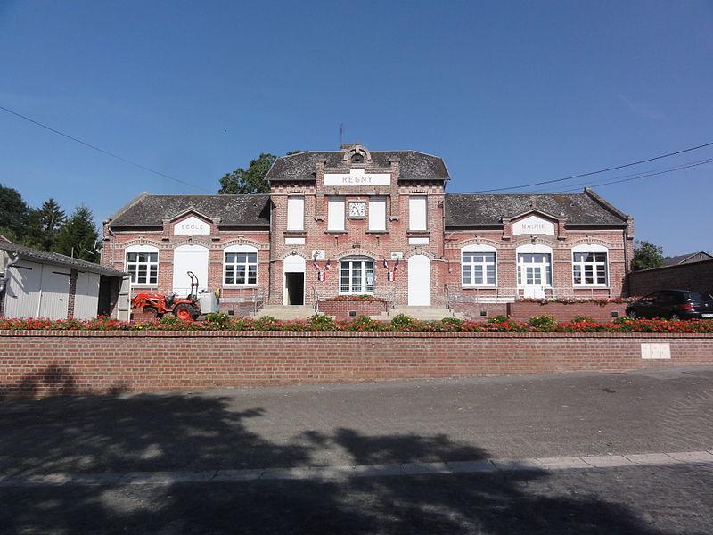 Regny (Aisne) mairie et école