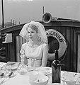 Repetitie televisiespel De Waternimph. Femke Boersma als bruid, Bestanddeelnr 912-7066.jpg