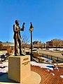 Richard Pryor statue, Peoria, Illinois.jpg