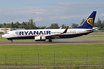 Ryanair, EI-FEE, Boeing 737-8AS (18995215603).jpg