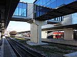 S-Bahn Donnersberger Bruecke mit Uebergang.JPG