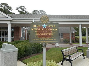 Blue Star Memorial Highway plaque at Interstate 95 North Carolina Welcome Center in Pleasant Hill Township.