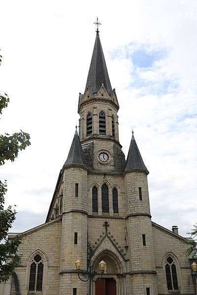 Church of Saint-Martin-du-Frêne.