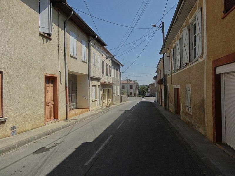File:Saint-Sauvy 05.jpg