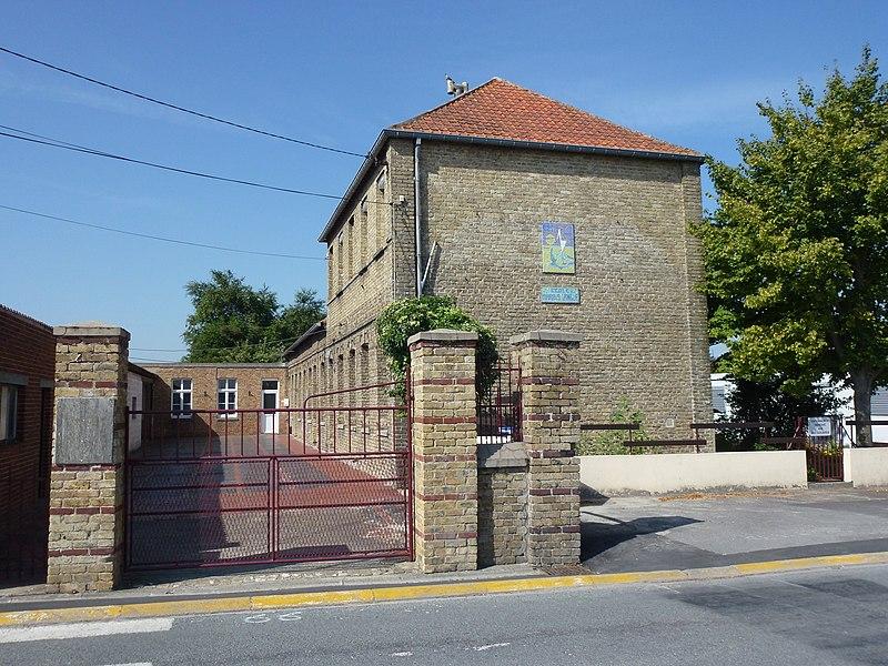 Sainte-Marie-Kerque (Pas-de-Calais) école Marais Angle