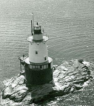 Sparkplug lighthouse - Image: Sakonnet Lighthouse RI 2
