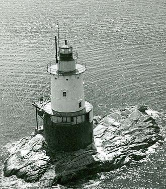 Caisson lighthouse - Image: Sakonnet Lighthouse RI 2