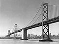 San Francisco Bay Bridge western span in 1945.jpeg