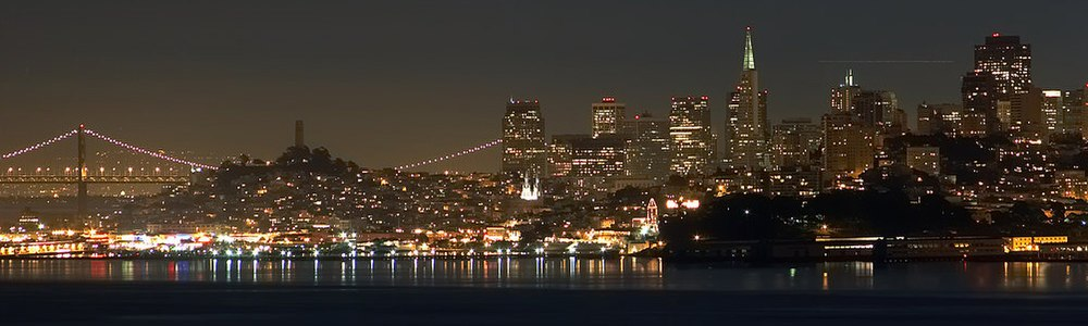 https://upload.wikimedia.org/wikipedia/commons/thumb/e/e9/San_Francisco_by_night_skyline.jpg/1000px-San_Francisco_by_night_skyline.jpg