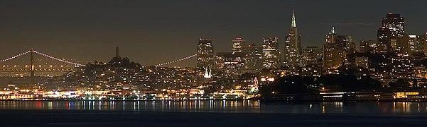 San Francisco by night skyline.jpg