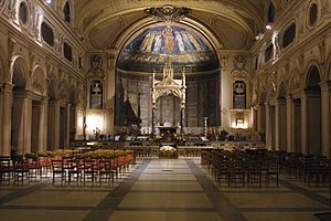 Santa Cecilia in Trastevere - The nave, at Night.