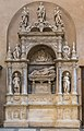 Santa Maria del Popolo Presbyterium Grabmal Basso della Rovere.JPG