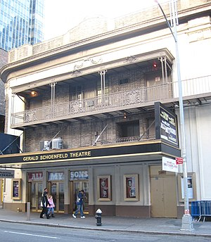 Gerald Schoenfeld Theatre - The theatre facade in 2009
