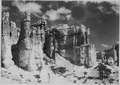 Seal Castle. - NARA - 520267.tif