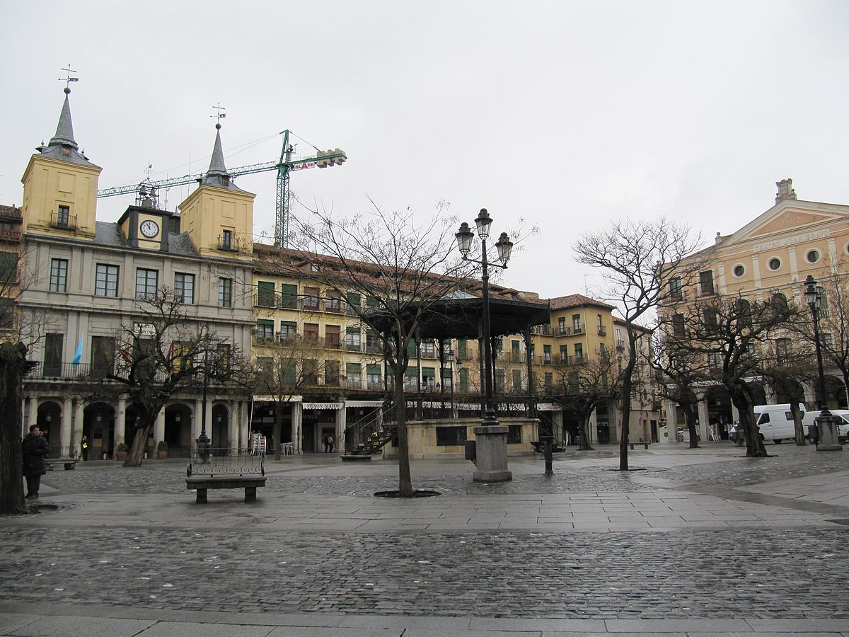 Plaza Mayor De Segovia Wikipedia La Enciclopedia Libre