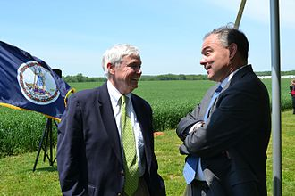 William J. Howell - Howell and U.S. Senator Tim Kaine at Fredericksburg's Slaughter Pen Farm Historic Site in 2013