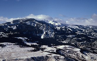 Sepulcher Mountain - Image: Sepulcher Mountain Electric Peak YNP1966