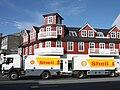 Shell tank truck in Reykjavik, Iceland.jpg