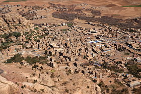 Shibam from Kawkaban, Haraz Mountains, Yemen (4324900403).jpg