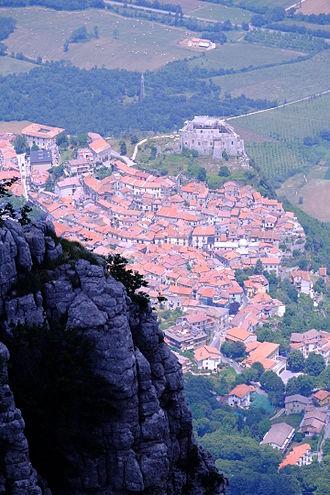 Sicignano degli Alburni - View with the castle