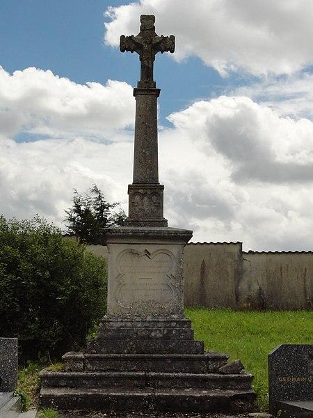 Sornéville (M-et-M) croix de cimetière