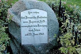 """Battle of Als - Memorial stone in Sottrupskov: """"Here rest five Prussian soldiers of the 24th Regiment, drowned during the crossing to Als on 29 June 1864"""""""