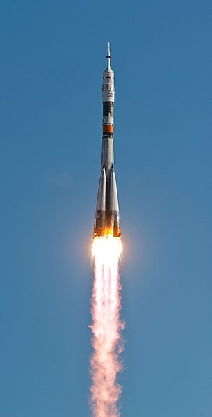 File:Soyuz TMA-18 launching.jpg