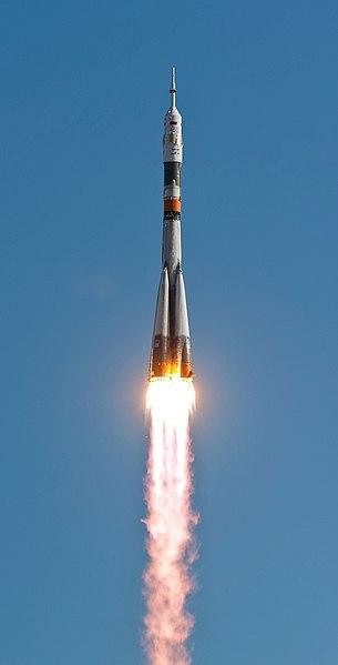 File:Soyuz TMA-18 launching.jpg