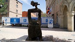 Speaking statue (Yerevan) (9).jpg